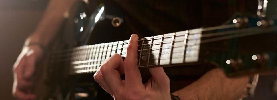 10 Myths About Playing The Guitar